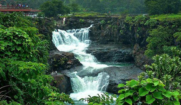 Randha-waterfall-bhandardara